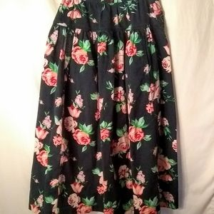 Vintage 80s urban outfitters floral skirt